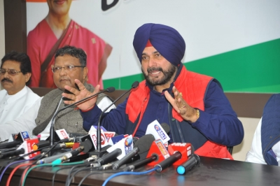 Punjab Chief Minister accepts Sidhu's resignation