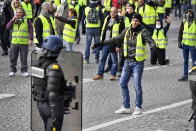 135 hurt in 'yellow vest' protests in France