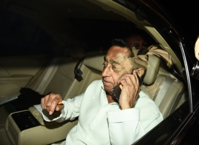 Kamal Nath expected to be next MP CM, leaves for Bhopal