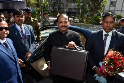 Jharkhand CM tables Rs 85,429-crore deficit budget