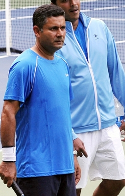 We will also not have it very easy on grass: India coach Zeeshan Ali