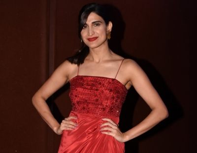 Aahana Kumra to turn showstopper at LFW