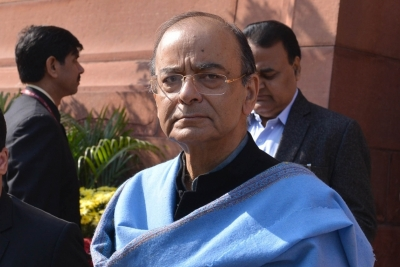 Jaitley remains critical, leaders pay visit