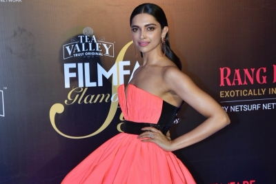 Deepika's wax statue 'double trouble' for sister