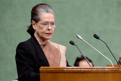 Sonia calls meeting of party leaders on Oct 25