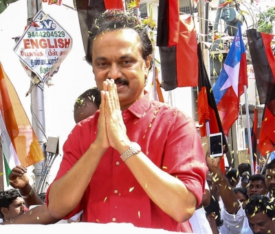 Periyar's statue found damaged, Stalin demands action