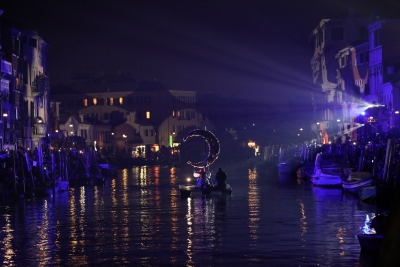 Tourists slowly return to Venice after pandemiv