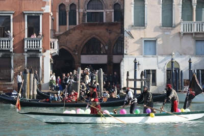 Exceptionally high tides continue to batter Venice