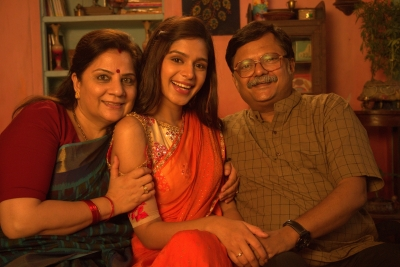 Atul Srivastava, Alka Kaushal get together for 'Mannphodganj'