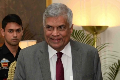 Lanka PM quits; new Prez set to form caretaker govt (Lead)