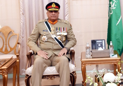 Bajwa to remain Pak Army Chief for another three years (Lead)