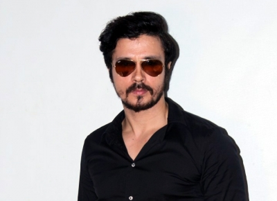 I love to do all kinds of films: Darshan Kumaar