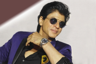 SRK says hes missing Jeff Bezos uninhibited laughter