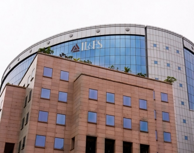 IL&FS moment stares at highly leveraged infra firms