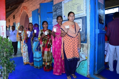 Voters wowed by Maha all-women polling booth (Assembly poll 2019)