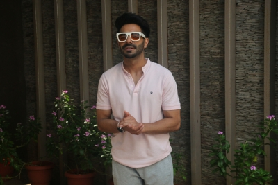 It's a working birthday for Aparshakti Khurana