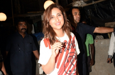 Parineeti ready for comparisons with Emily Blunt