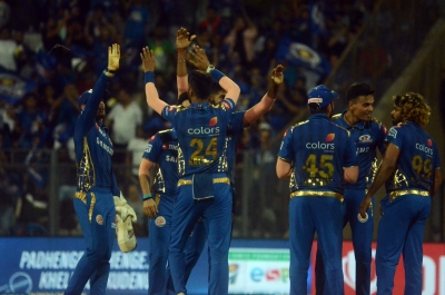Malinga leads show as MI restrict KKR to 133/7