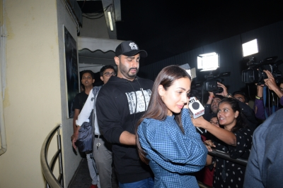 Arjun jets off for birthday vacation with Malaika