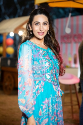 It was my choice not to do films for a while: Karisma Kapoor