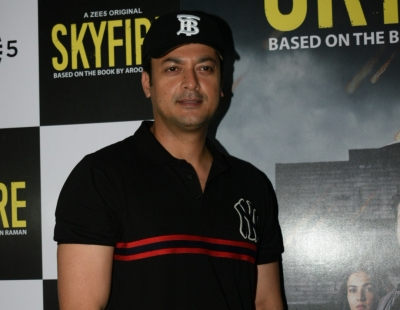 Live my roles between 'action' and 'cut': Jisshu