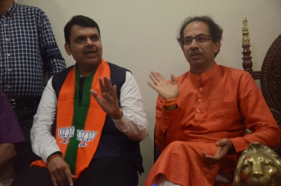 BJP ready to 'compromise' with Shiv Sena for CAA (Lead)