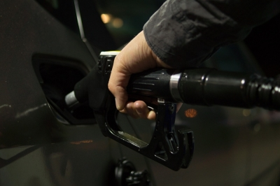 Petrol, diesel futures trading to start soon on exchanges