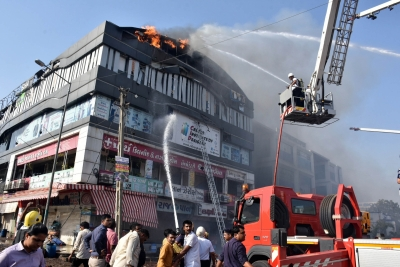 Devastating fire in Surat building claims 20 lives (Third Lead)