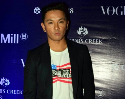 I'm not dating Karan Johar: Designer Prabal Gurung