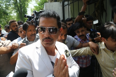ED arrests Robert Vadra's close aide in foreign assets case