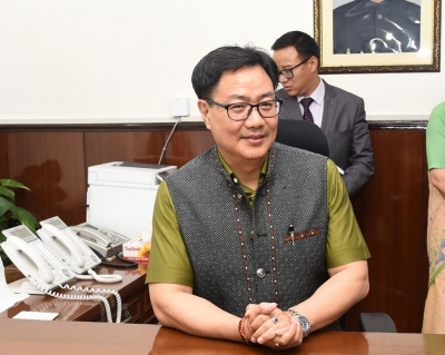 Rijiju leads wishes for Sindhu as badminton champ turns 25