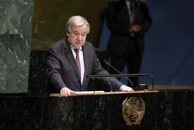 Guterres backs 'self-policing' to fight hate speech (Lead)