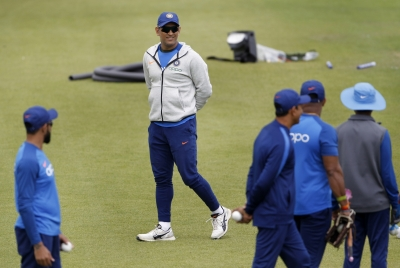 'Dhoni asked not to retire while team grooms Pant' (IANS Exclusive)