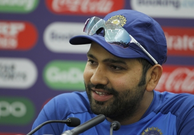 Yuvi paa was my first crush when I came into the team: Rohit