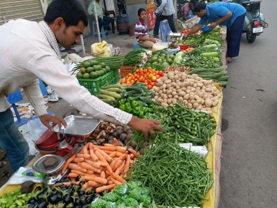 Vegetable prices rising, but farmers' income isn't