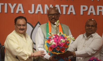 Jolt to TDP as four Rajya Sabha MPs join BJP (Lead)