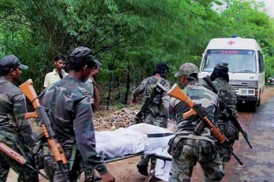 2 including policeman killed in Maoist firing in Jharkhand