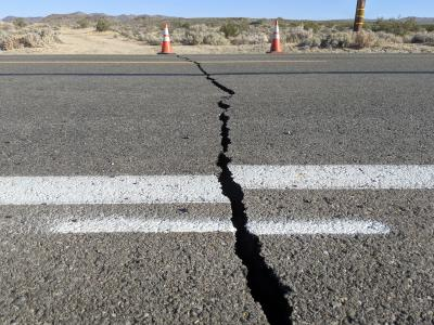 5.7 magnitude earthquake hits Iran