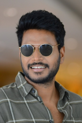 Sundeep Kishan does action comedy in 'Gully Rowdy'