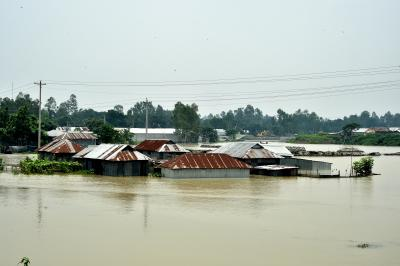 Floods put over 4 million people at risk in Bangladesh