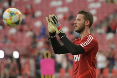 David de Gea injury adds to Manchester United woes