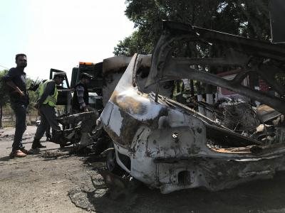 15 dead in Afghan blast claimed by Taliban (Lead)