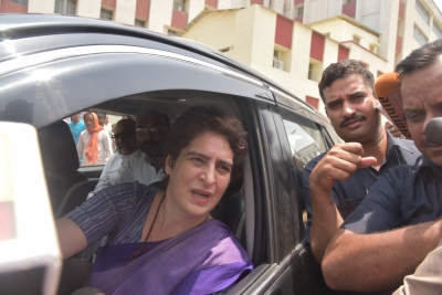 ALERT: Kin of Sonebhadra carnage victims arrive at Chunar guest house to meet Priyanka Gandhi Vadra