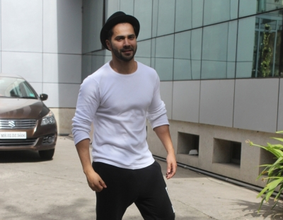 Varun Dhawan: Finding 'yaari' in your father is special