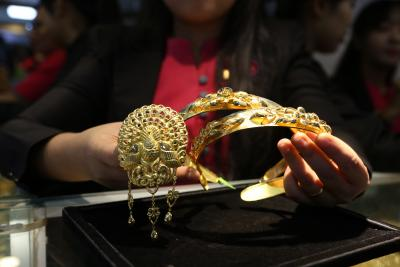 Centre extends import compliance relief for gems, jewellery sector