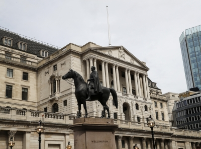 Spurs borrow 175 million pounds from Bank of England