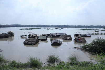 Yamuna continues to flow above danger mark in Delhi (Lead)