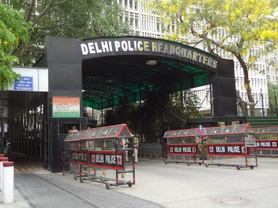 Two railway men tapped by Pak spies for defence info questioned