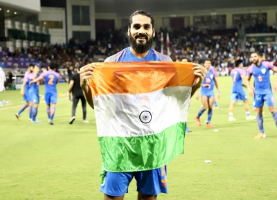 Clubs set rivalry aside, offer Jhingan helping hand