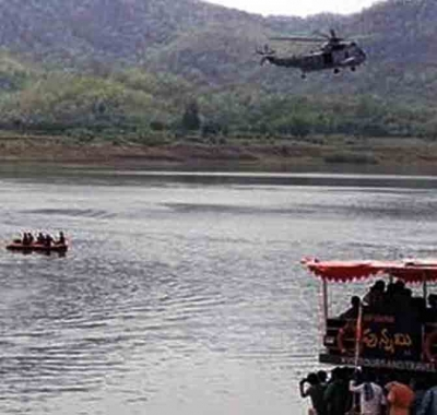PM expresses grief at 'traumatic' boat capsize in Godavari